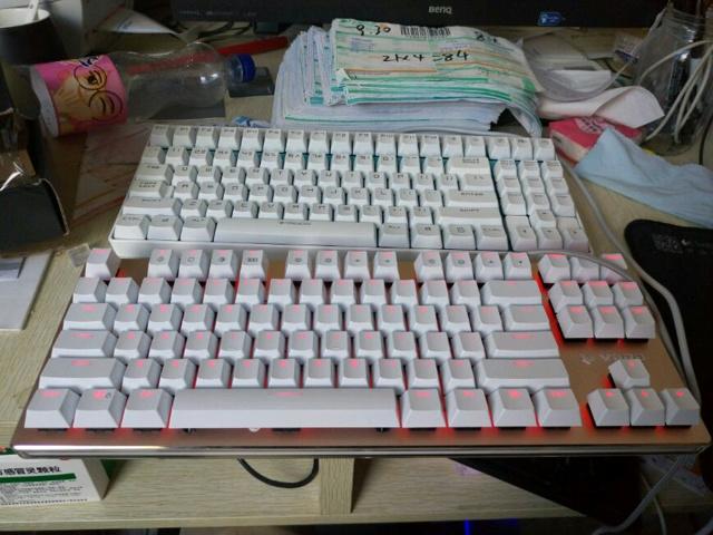 V500RGB_08.jpg